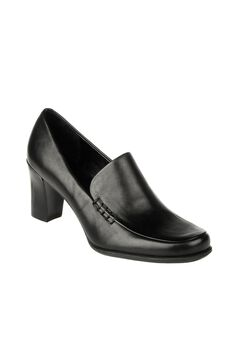 Nolan Pump by Franco Sarto,