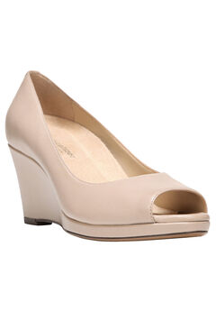 Olivia Wedges by Naturalizer®,