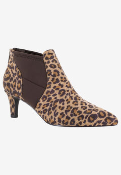 Saint Bootie by Easy Street,