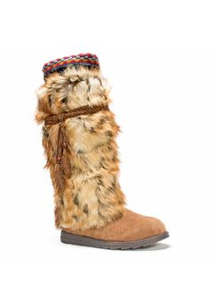 Leela Boot,