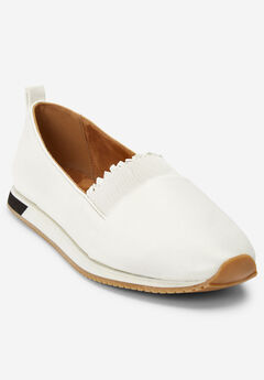 The Brielle Sneaker by Comfortview®,