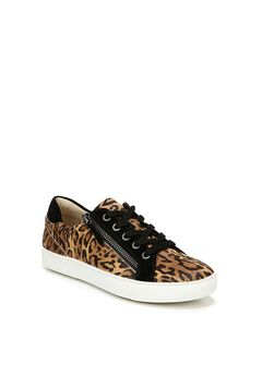Macayla Sneaker by Naturalizer,