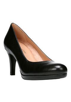 Michelle Pump by Naturalizer®,