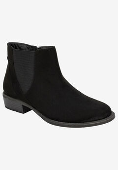 Doran Bootie by White Mountain,