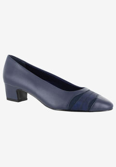 Babette Pump by Easy Street,