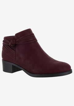 Wylie Bootie by Easy Street,