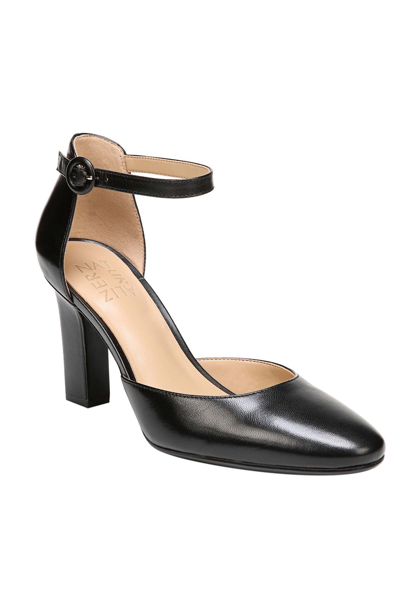 Gianna Pump by Naturalizer®,
