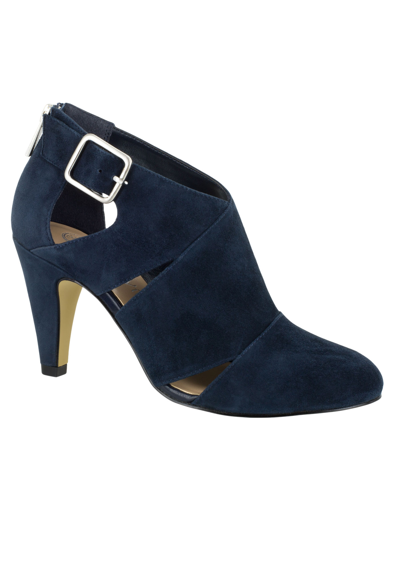 Nicolina Pumps by Bella Vita®,