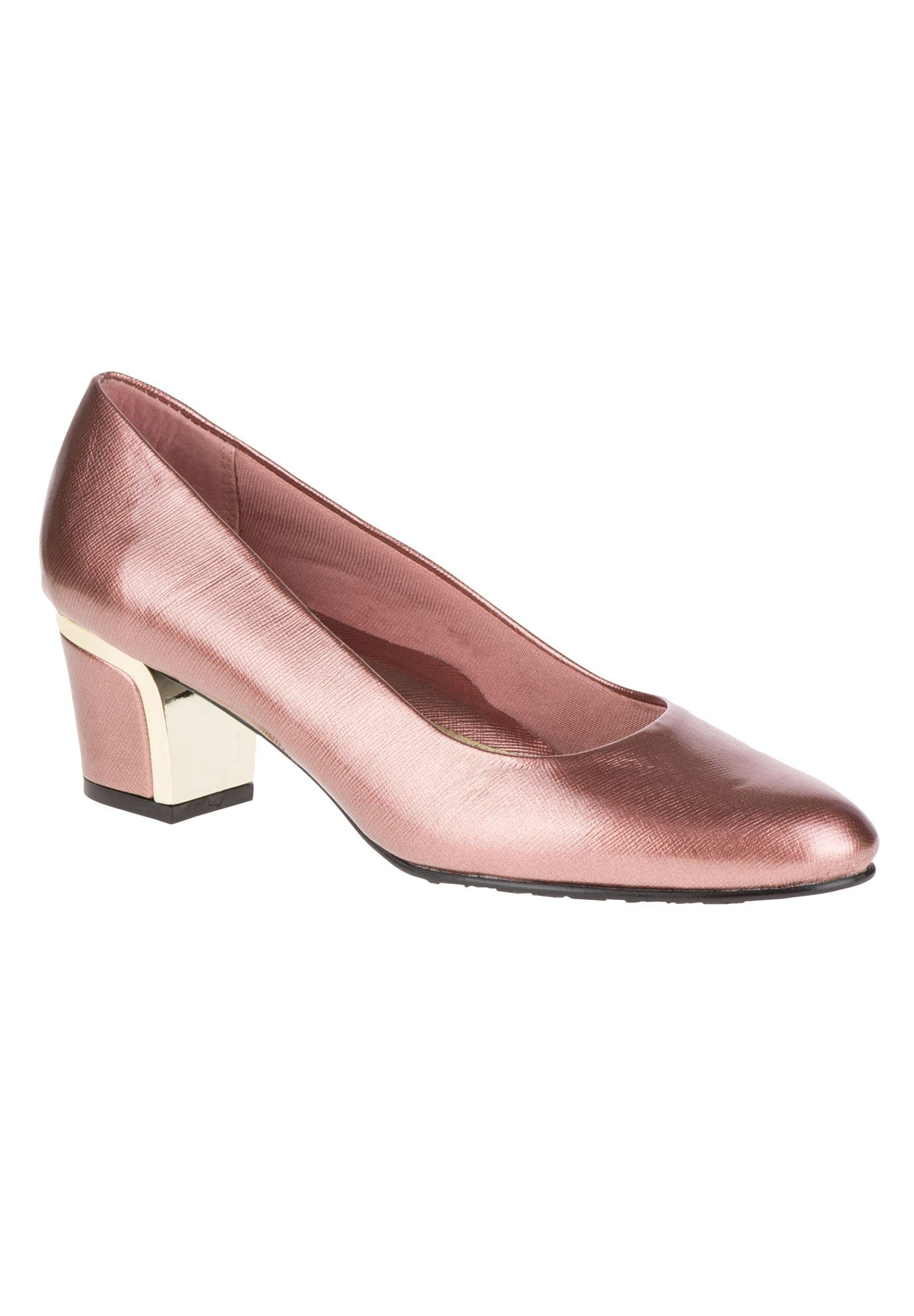 Deanna Pumps by Soft Style,